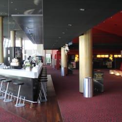 Foyerbar vor Kino 8