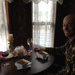 Old House Vineyards - My crockpot chili served elegantly at the best seat in the Old House. Amazing experience! THANK YOU! - Culpeper, VA, Vereinigte Staaten