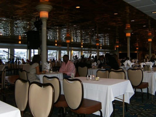 Hornblower Cruises & Events - Deck one - San Diego, CA, Vereinigte Staaten