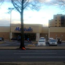 Marshalls Department Store - Discount Store - Flatiron - New York