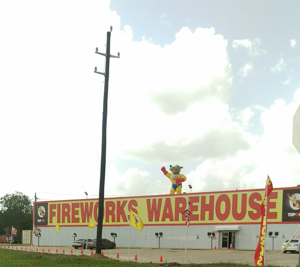 Warehouse Lighting Houston Tx: TopDog Fireworks Warehouse