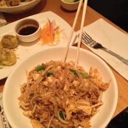 Wondee Siam Hell S Kitchen Thai