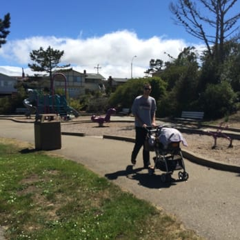 Pacific Heights Park - Park & Forests - 3080 Longview St ...