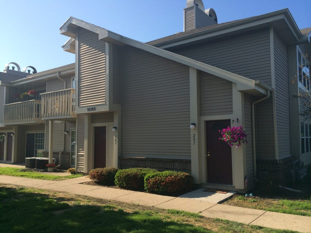 Plum Tree Apartments Apartments Hales Corners Wi Yelp