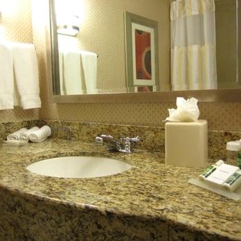 Hilton Garden Inn Arlington Shirlington 50 Photos Hotels Shirlington Arlington Va