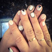 Crystal Nails - Showed them an image of what I wanted and they created it perfectly. - Elkridge, MD, Vereinigte Staaten