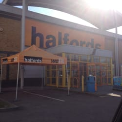 Halfords, London