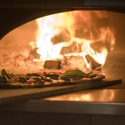 Waldy's Wood Fired Pizza & Penne - Wood Burning Oven - New York, NY, Vereinigte Staaten