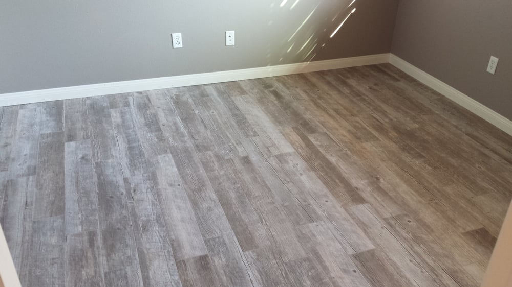 Porcelain Tile Made To Look Like A Wood Floor Small 16