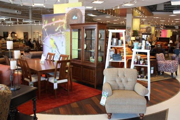 Becker Furniture World - Burnsville, MN