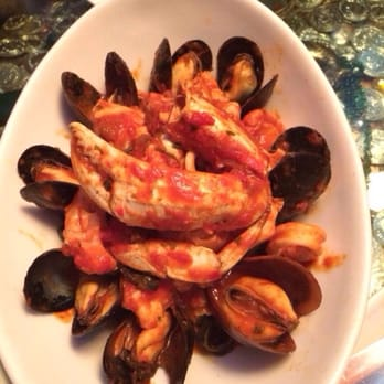 The dead fish mixed seafood pasta crockett ca united for Dead fish crockett
