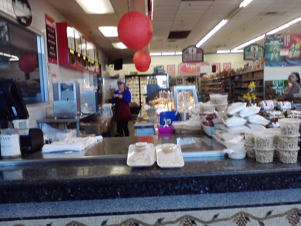 Lucky seafood 116 reviews seafood markets mira mesa for Fish market san diego ca