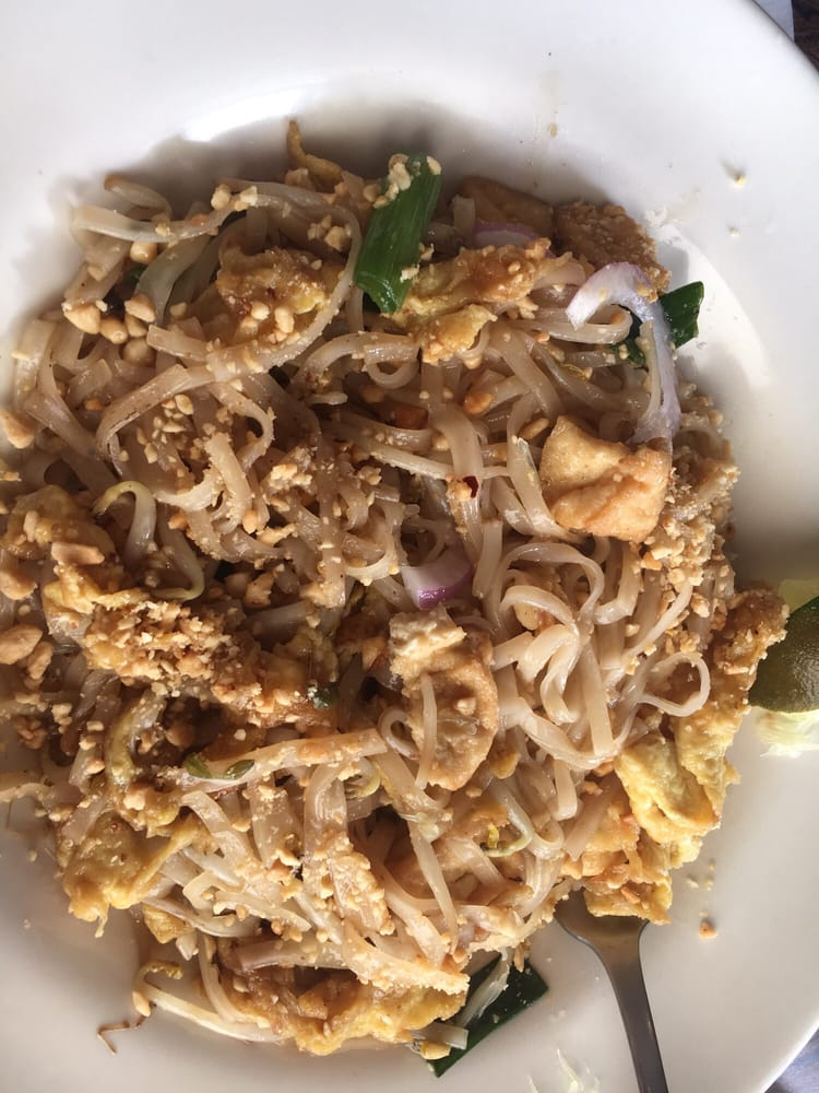 Bowmansville (NY) United States  city photo : Water Lily Cafe Bowmansville, NY, United States. Pad Thai