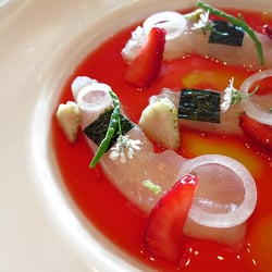 Canlis fluke with strawberries awesome and refreshing for Canlic com