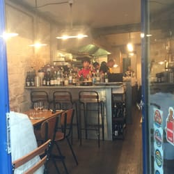 Abri 82 photos sandwich strasbourg st denis bonne for Restaurant abri paris
