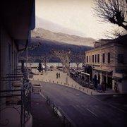 Inter-hotel L'Iroko Grand Port - Aix les Bains, Savoie, France. Même l'hiver l'Iroko est ouvert... Le calme est alors à son apogée, idéal pour se ressourcer...