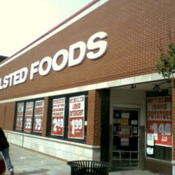 Halsted Food Center - Another look at Halsted foods new look. - Chicago, IL, Vereinigte Staaten
