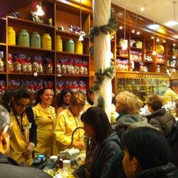 L'intérieur de notre boutique à Noël