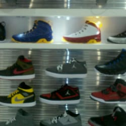 Shoe Palace - I went to the store and seen the best Air jordan retro