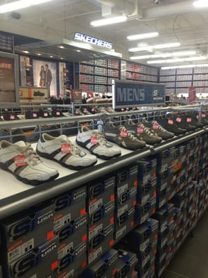 Skechers factory outlet tulare ca yelp T shirt outlet bakersfield ca