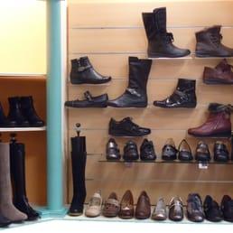 christi shoes 10 photos magasin de chaussures 80 rue. Black Bedroom Furniture Sets. Home Design Ideas