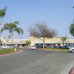 Tulare outlet center outlet stores tulare ca yelp for Best jewelry stores in fresno ca