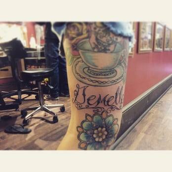 10th street tattoo and body piercing 37 photos tattoo for Tenth street tattoo