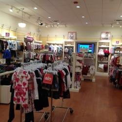 Women clothing stores English