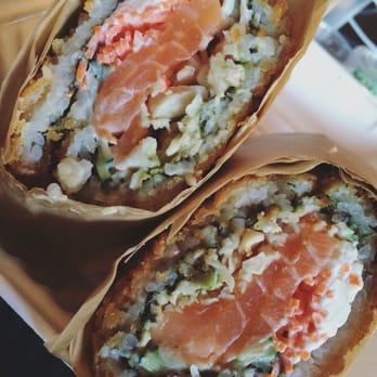 Make fish poke sushi burrito 613 photos sushi for Fish me poke menu
