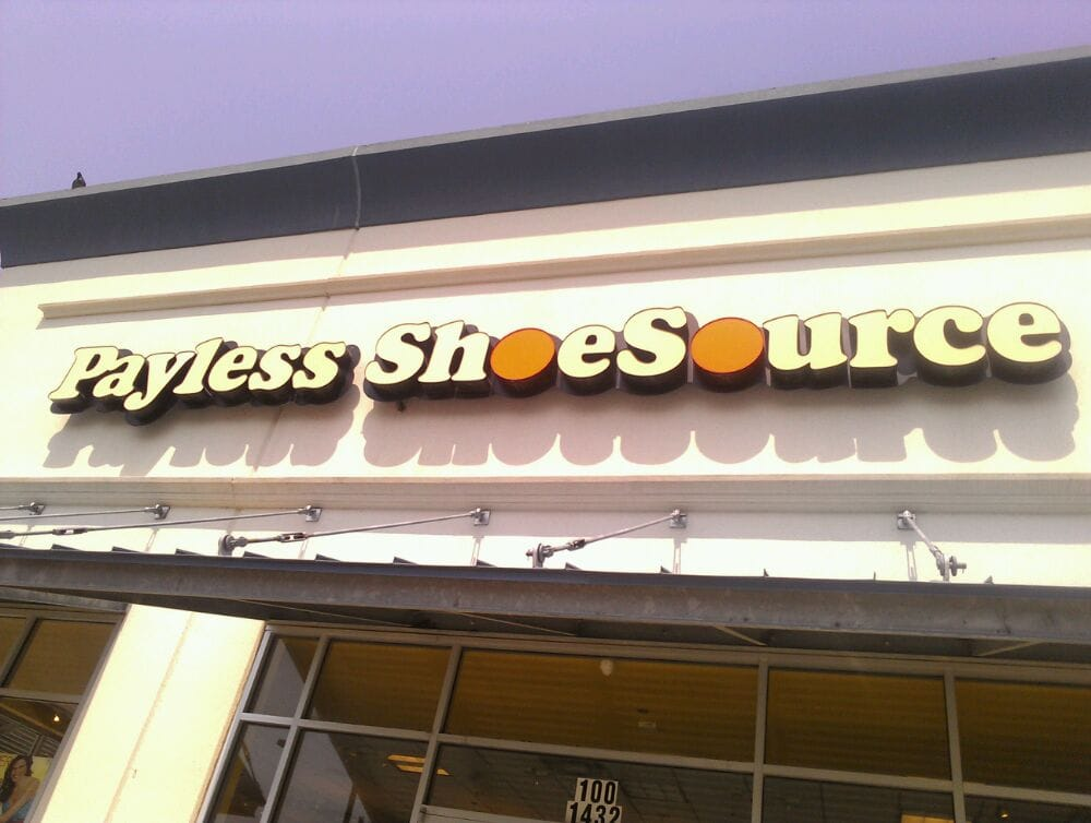 Payless ShoeSource Locations {Near Me}*. It is an authentic American shoe company that mainly deals with a lot of retailing of shoes and wedges and footwear of all kinds and for all the people. Other than this they also keep up with the latest of trends at all times to enhance the shopping experience of each one of the customers who tend.