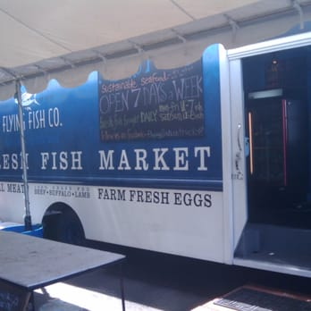 Flying fish co 13 reviews seafood market southwest for Portland oregon fish market