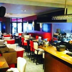 L'Extrapade - Toulouse, France. Enfin un resto/bar à St cyprien ou passer des bons moments entre amis...