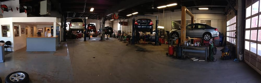 Toyota auto body repair shops near me