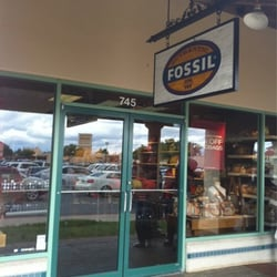 FOSSIL CO STORE logo