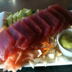 The Fish Market Maui - Lahaina, HI, États-Unis. The ahi sashimi plate!