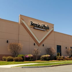 Bernie & Phyl's Furniture Furniture Stores Saugus MA