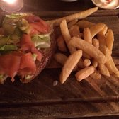 Smoked salmon, cream cheese, cucumber open sandwich + fries. Very tasty.