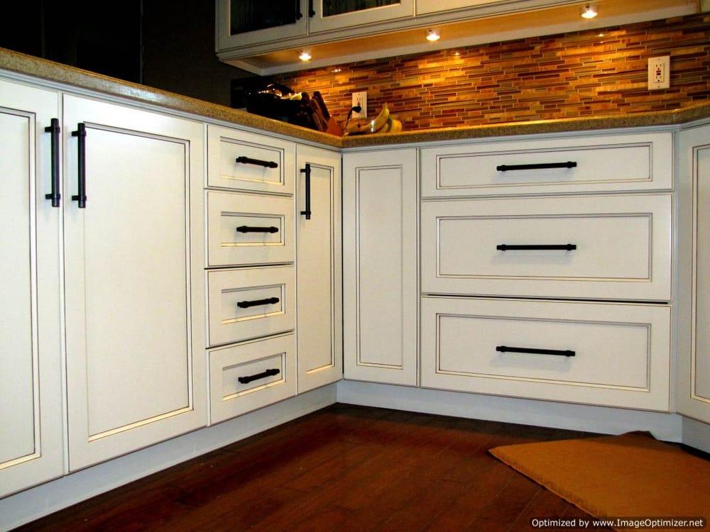 Stonebelt Cabinets  Custom kitchen cabinets built for a Huntington