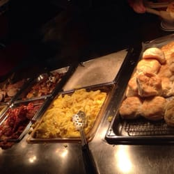 Wood Grill Buffet - Only one small station of the extremely plentiful buffet... - Harrisonburg, VA, Vereinigte Staaten