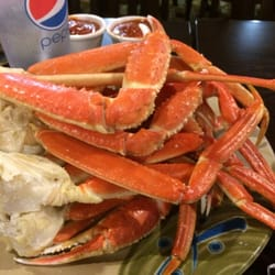 Each morning, local fishermen and crabbers leave our shores and guide their boats out into the Gulf of Mexico. They return each night with the best that the Gulf has to offer and bring this precious catch to our local seafood facility - The Island Crab Company located on Pine Island.