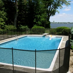 Cl ture de piscine enfant s cure cl ture amovible pour for Cloture piscine montreal