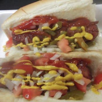 Orange County Food Service S & K Vending - Anaheim, CA, États-Unis. Bacon wrapped TJ style hot dogs.