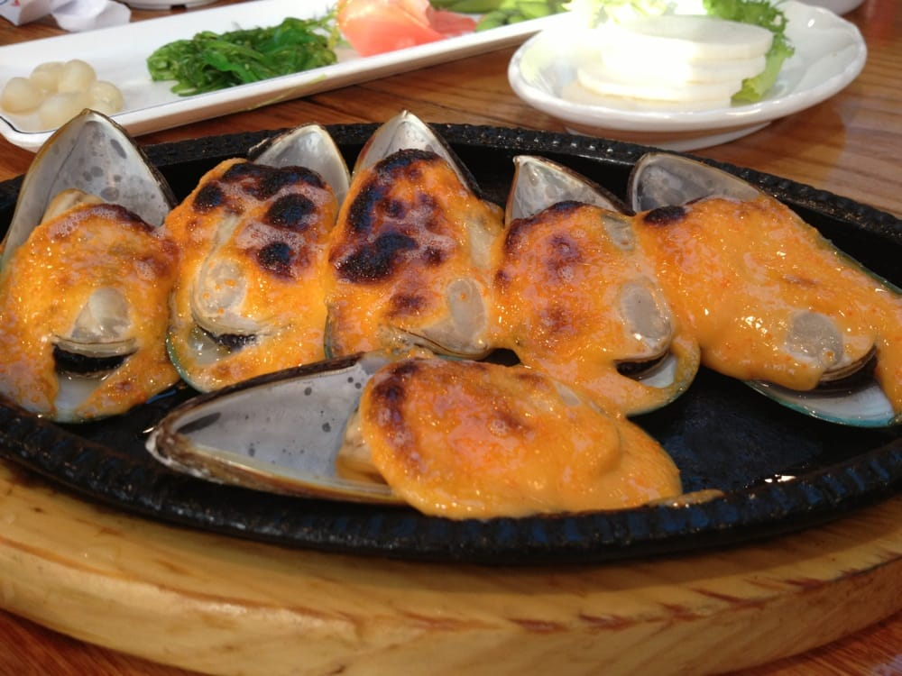 ... , NY, United States. Side dish: broiled mussels with masago mayo