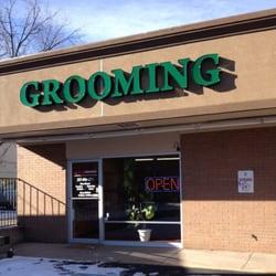 Fur On The Floor Grooming logo