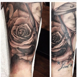 Roses added into this sleeve by Lenny