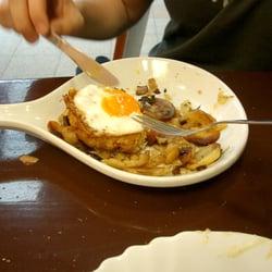 Schnitzel mit EI und Bratkartoffeln für…