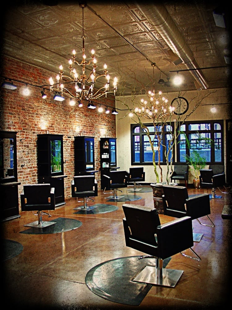 Rain salon 10 photos hairdressers 1006 s 10th st for 10th street salon
