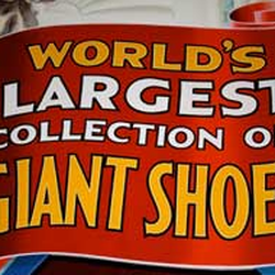 Giant Shoe Museum logo