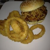 Champp's Sports Restaurant - Carolina Burger w/ cheddar, BBQ sauce & onion strings - Burnsville, MN, Vereinigte Staaten
