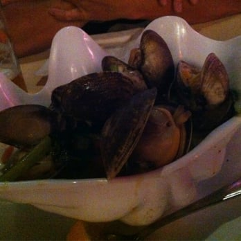 ... Bar & Grill - Honolulu, HI, United States. Thai Style Steamer Clams